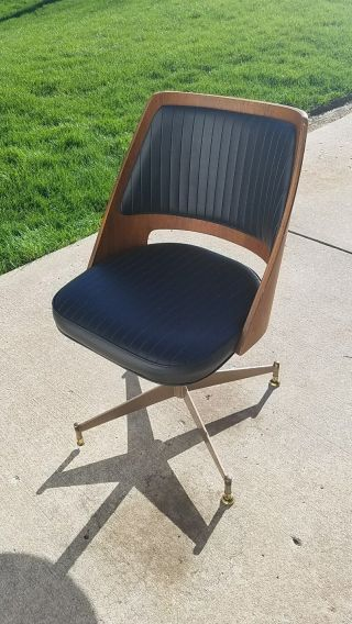 Mid Century Modern B.  Brody Seating Co.  Wood Swivel Chair - Vintage photo
