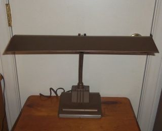 Vintage Art Deco Banker ' S Desk Lamp. photo