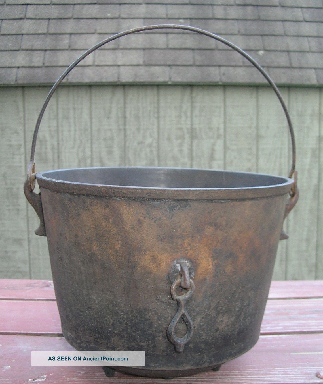 Antique Cast Iron 7 Bean Pot - Kettle - Cauldron W/ Fire Clip,  Gatemark Hearth Ware photo