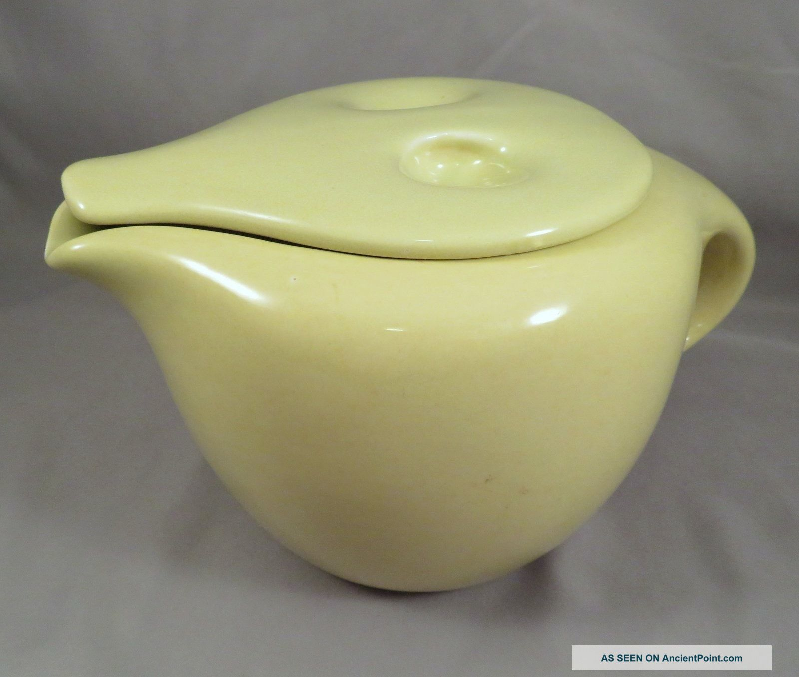 Authentic 1954 - 67 Russell Wright Avocado Yellow Iroquois Lidded 3cp Coffee Pot Mid-Century Modernism photo