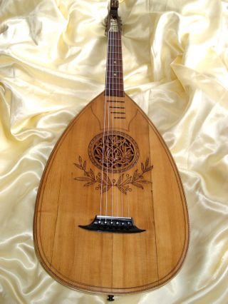 German Lute Ca.  1920 photo