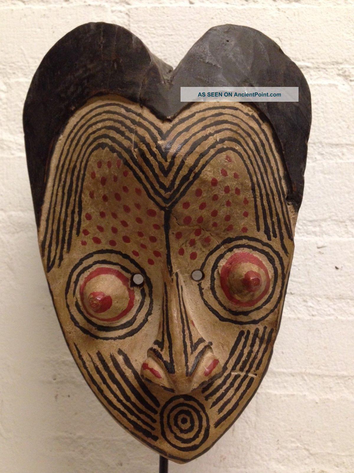 Congo: Tribal African Kuba Mask - 26 Cm. Masks photo