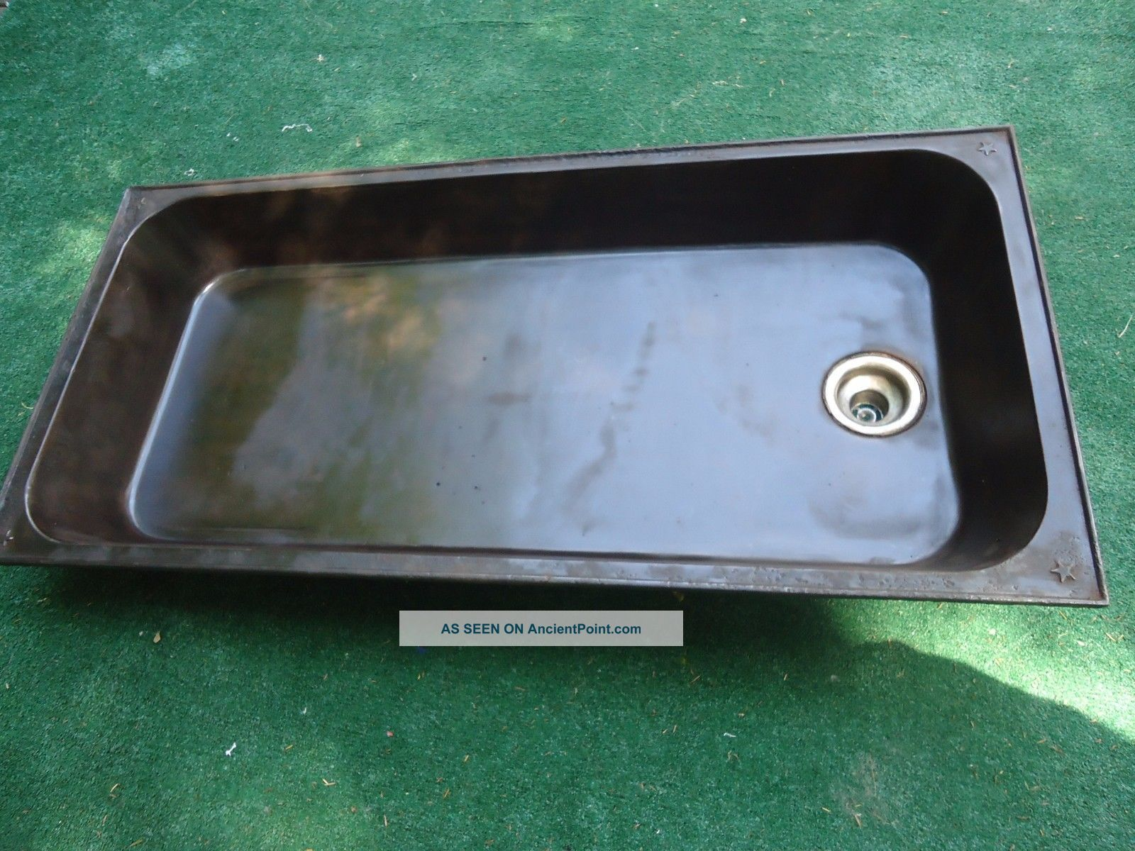 Antique Laundry Sink N & N Mfg.  Co Bangor,  Me.  Laundry Sink,  Embossed,  Forge,  Terarium Sinks photo