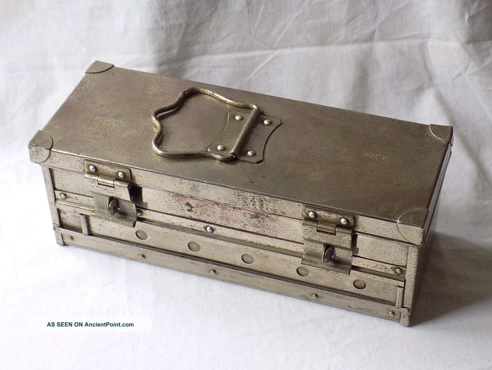 Early 20th Century Medical,  Veterinary,  Sterilisation Box.  Heavy Plated Copper. Other Medical Antiques photo