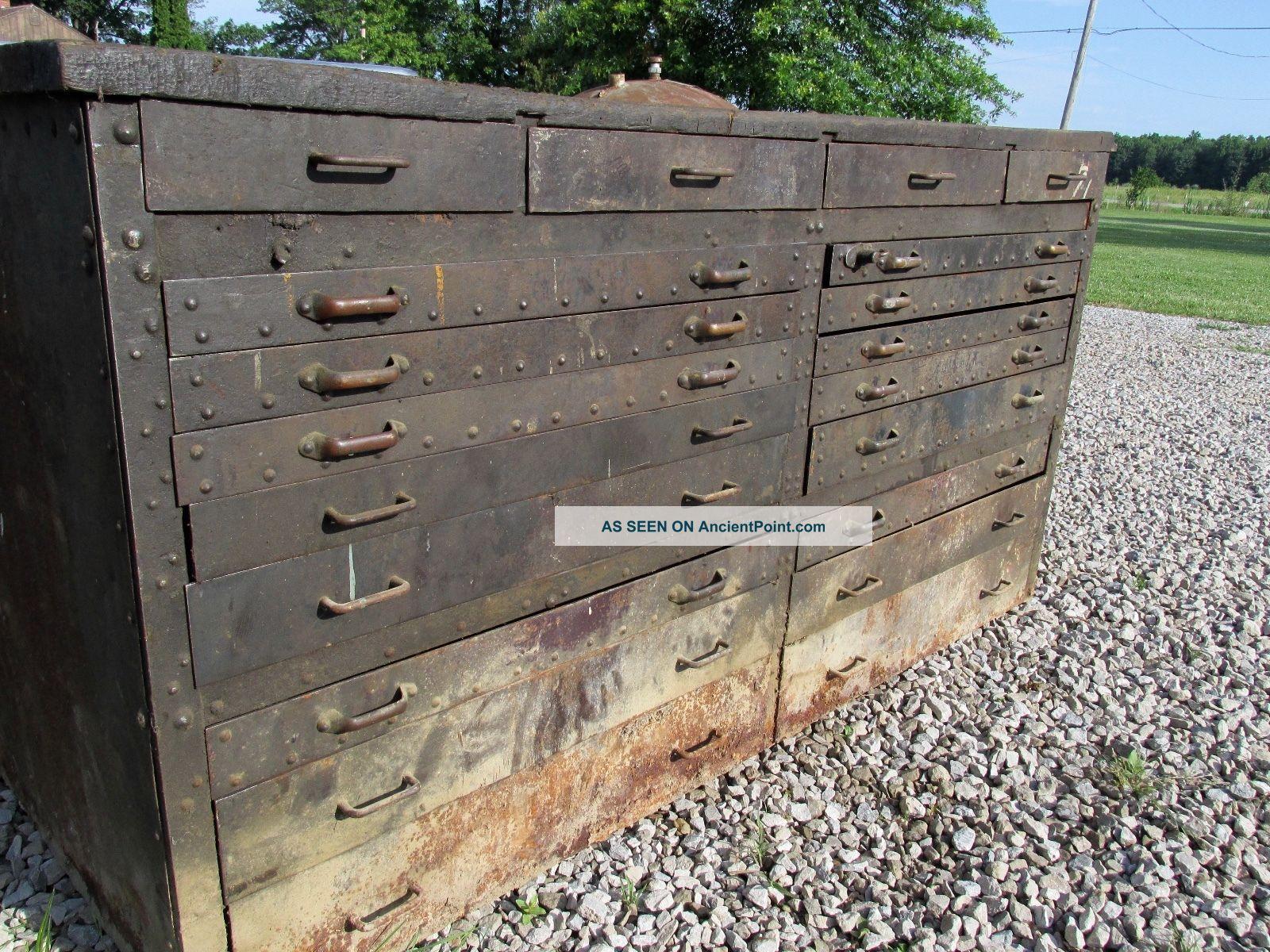 Antique Work Bench 1900-1950 photo