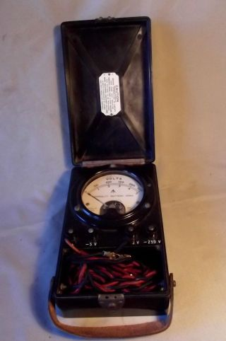 W.  Admiralty Pattern Voltmeter,  Vintage (dated 1943 Wwi) 0 - 250 & 0 - 5v, photo