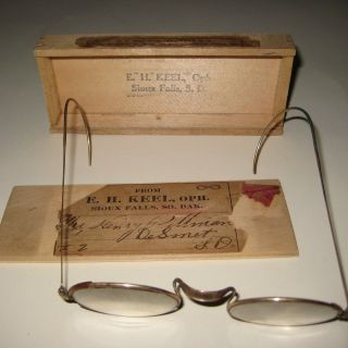 Sioux Falls Sd Antique Shuron Glasses W/ Wooden Mailing Ad Box Keel Optometrist photo
