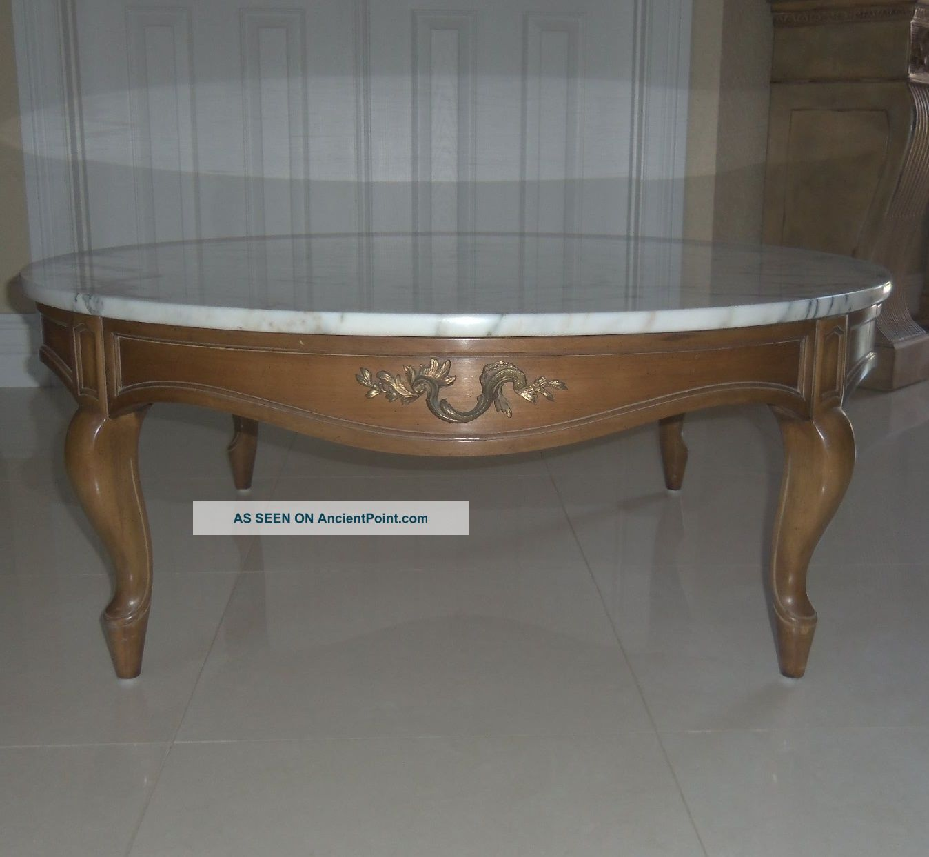 Rare 2 Pc Weiman Heirloom Round Italy Marble Wood Cocktail Coffee Table 1900-1950 photo