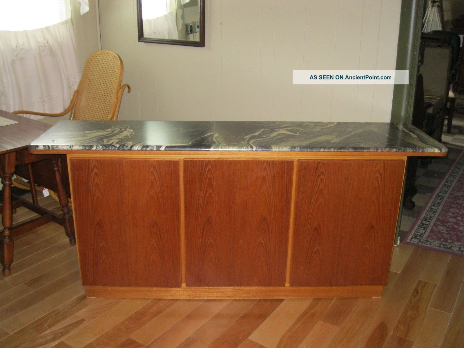Danish Mid Modern Credenza Sideboard By Skovby - 00568 Post-1950 photo