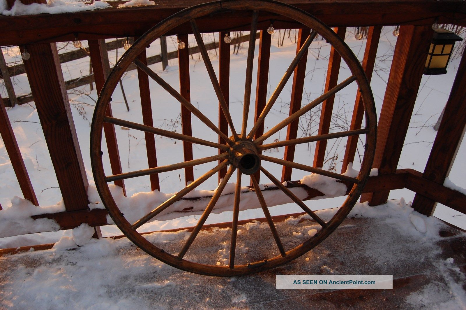 Vintage Wagon Wheel Primitives photo