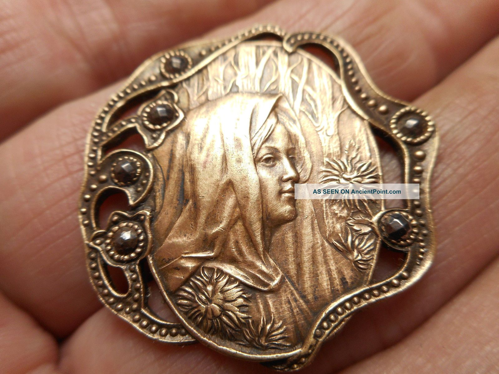 Art Nouveau Mucha Woman W/ Cut Steels In Pierced Brass Antique Button 1 - 1/4