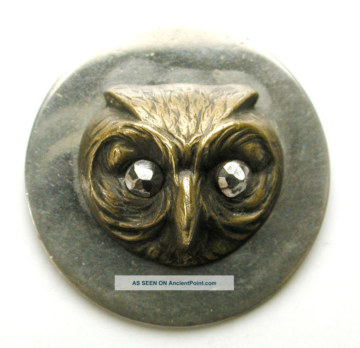 Med Sz Antique Brass On Steel Disc Button Owl Head W/ Cut Steel Eyes - 15/16