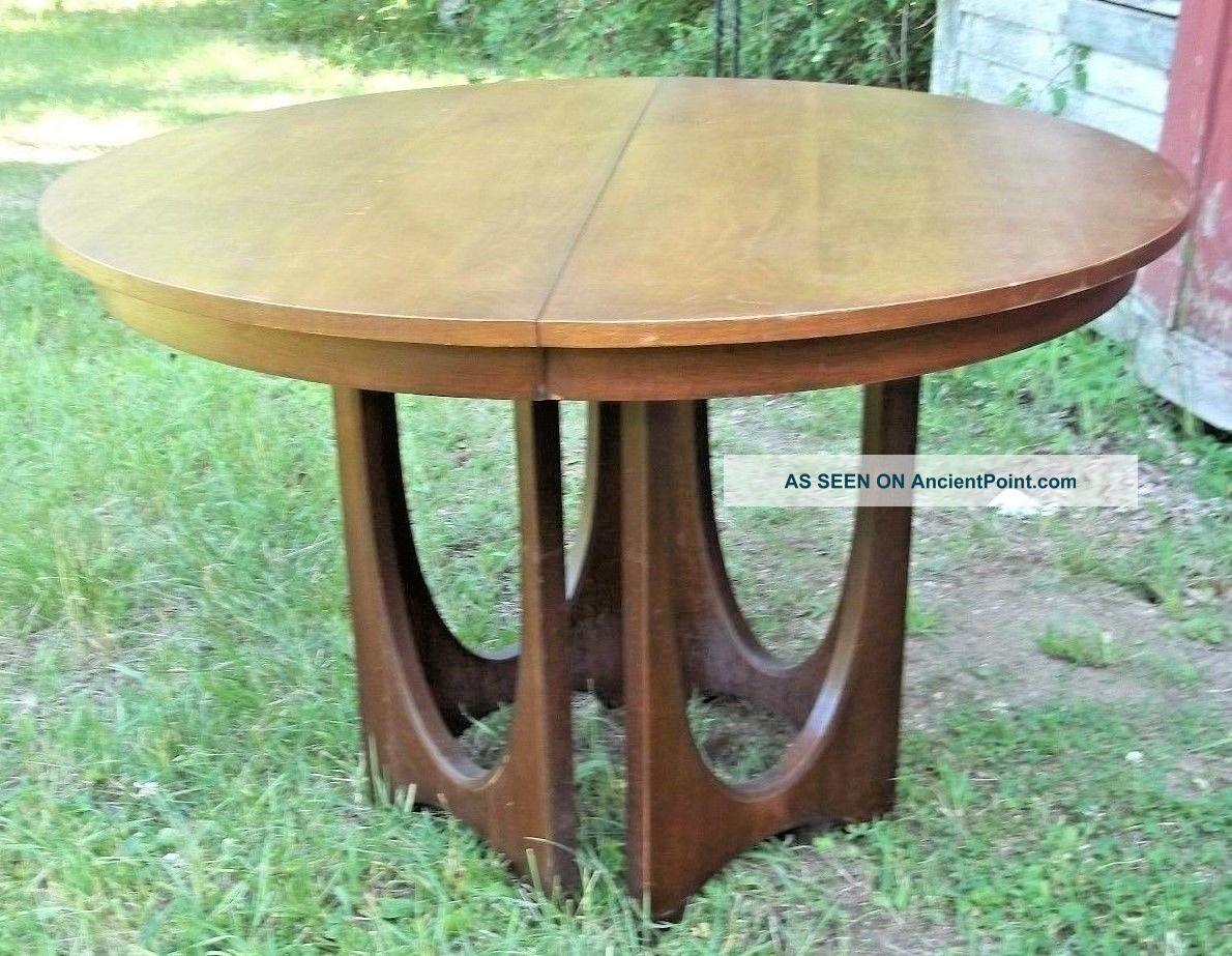 Mid Century Modern Brazilia Walnut Dining Extension Table,  3 Leaves - Eames - Wegner Post-1950 photo
