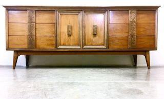 Mid Century Modern Bassett Mayan 9 Drawer Dresser Mcm Vintage photo