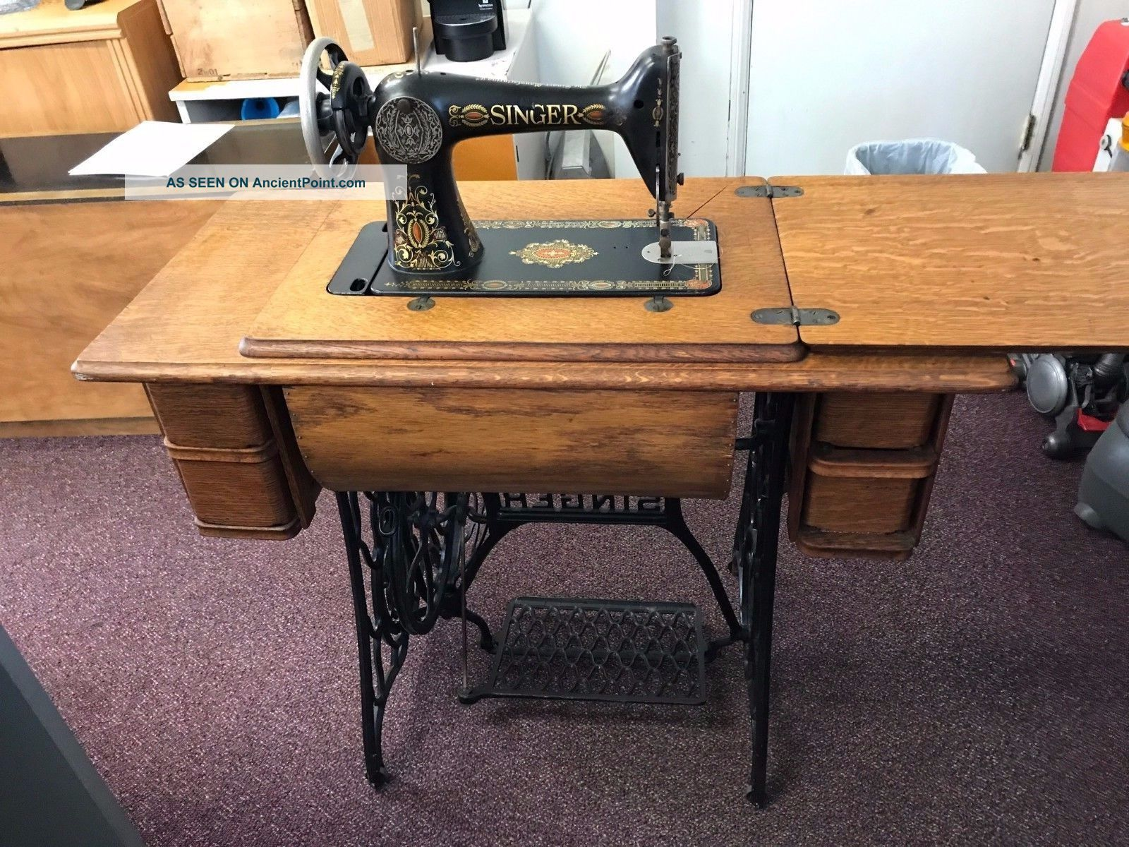 Antique 1915 Singer Treadle Sewing Machine Cast Iron Base & 7 Drawer Oak Cabinet Sewing Machines photo