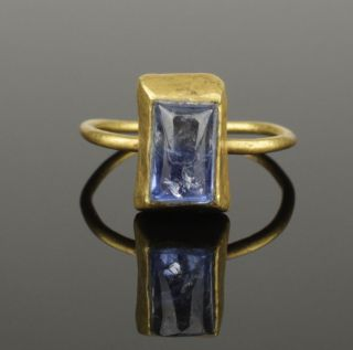 Medieval Gold & Sapphire Ring - Circa 14th/15th C Ad photo
