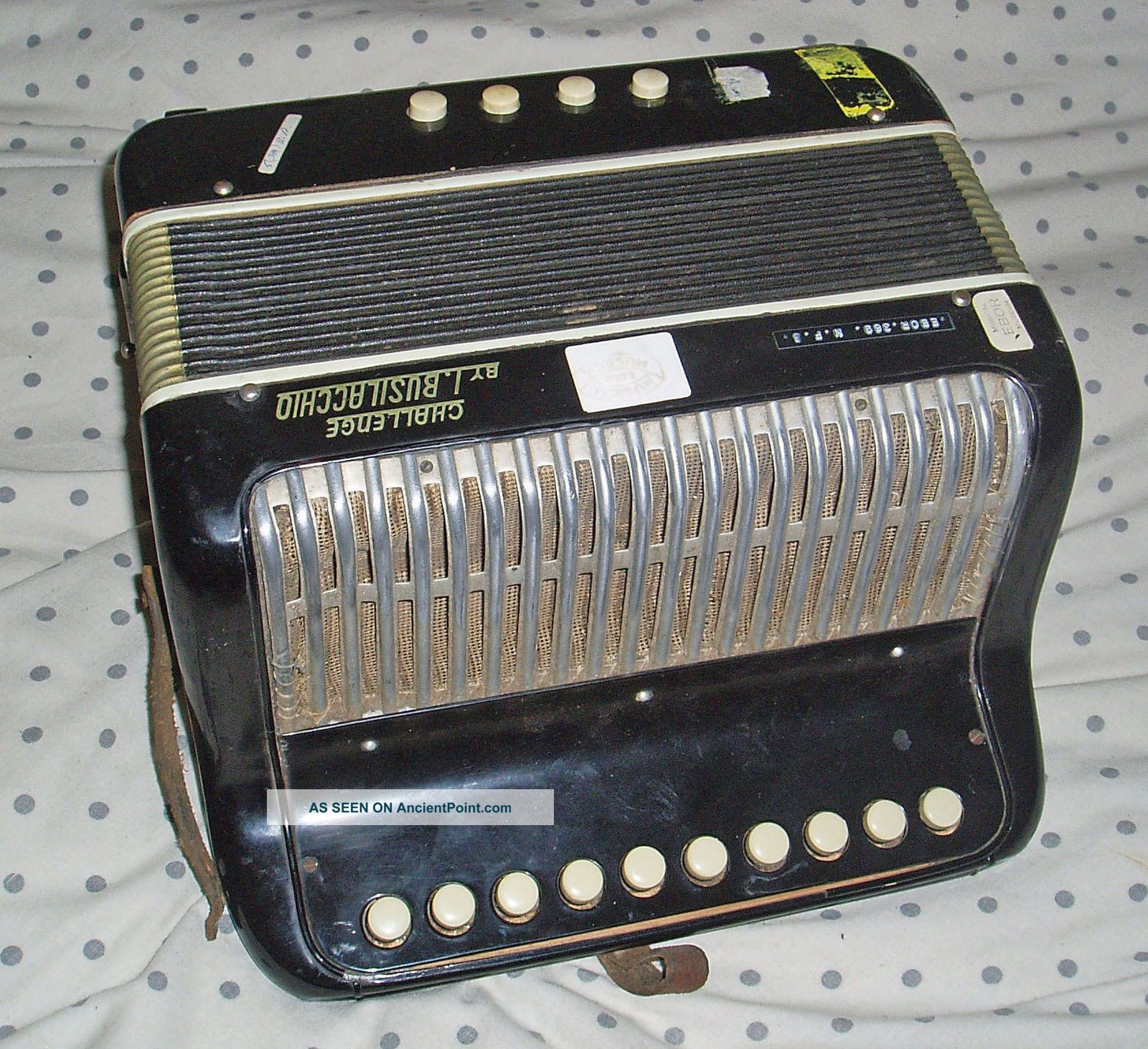 Italian Challenge By Busilacchio Button Accordion Accordian 4 X Bass Buttons Keyboard photo