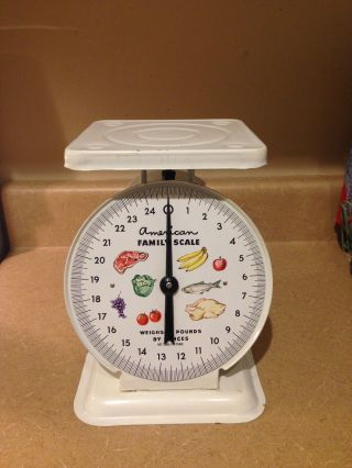 Antique Vintage American Family Scale 25 Pound Kitchen Counter Scale photo