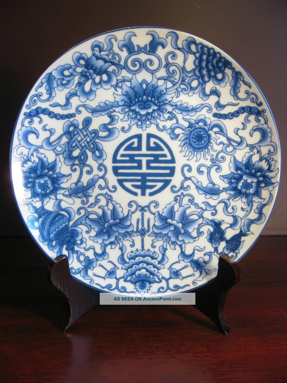 Handmade Chinese Trational Blue And White Plates (with Stand) Vases photo