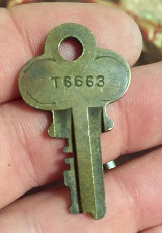 Vintage Key Everlasting Lock Co.  T 6663 Trunk Key photo