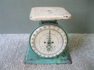 Antique Scale Pelouze Kitchen Family Old Green Paint 24 Lbs Chicago Il photo