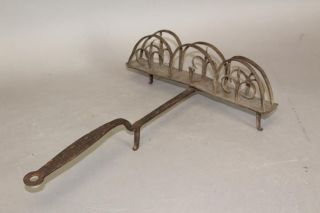 An Extremely Fine 18th C Wrought Iron Revolving Toaster In Surface photo