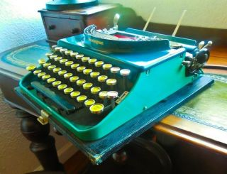 Vintage Collectible Remington Usa Portable Two - Tone Green Typewriter 3 Model 31 photo