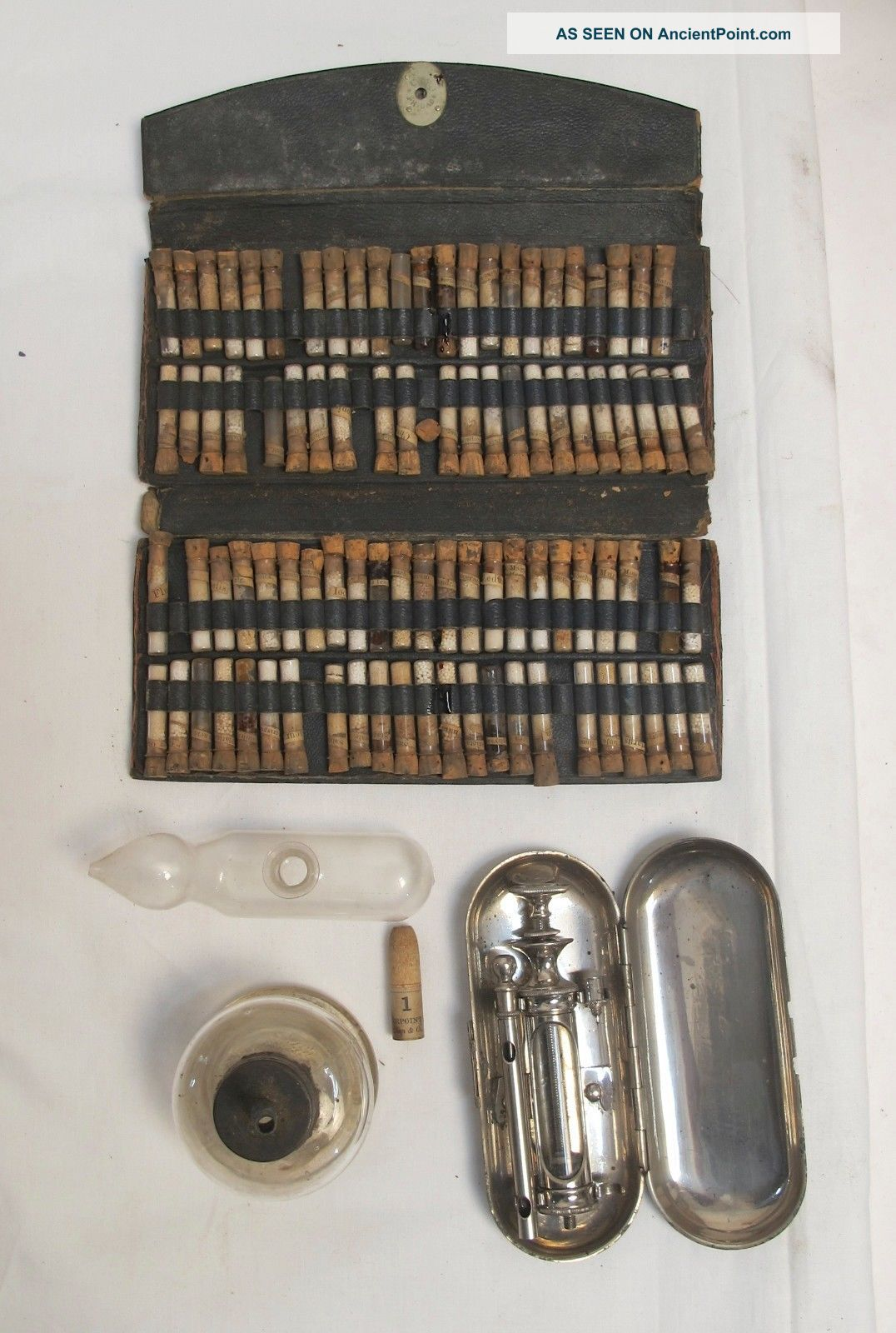 Medical/pharmaceutical Physician ' S Ampules,  Hypodermic Tablets & Syringes Other Medical Antiques photo