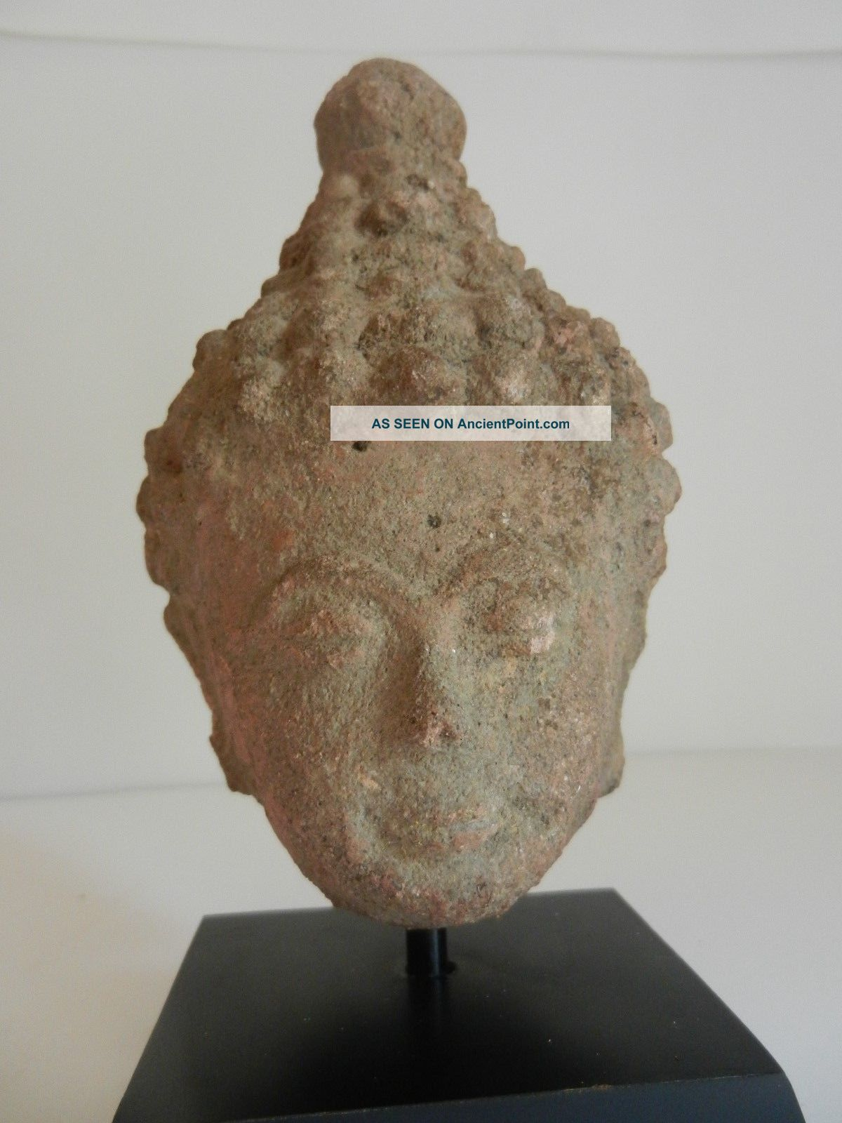 17th - 18th Century Red Sandstone Burnese Head Of Bodhisattave Mounted Other Southeast Asian Antiques photo